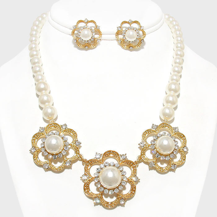 Beautiful Rose and Pearl Designer Necklace Set (New)