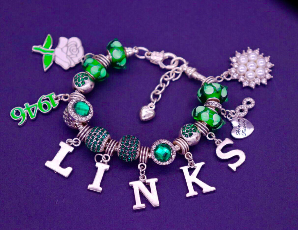 Beautiful LINKS Emerald Collection Signature Bracelet