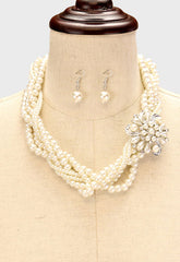Beautiful Rose Flower & Pearl Twisted Bib Necklace Set