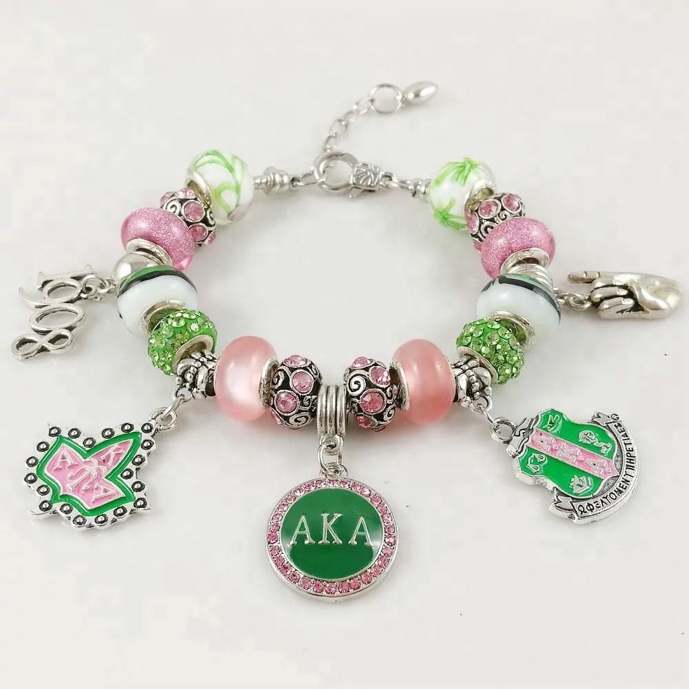 Beautiful AKA Pandora Style 1908 Bracelet