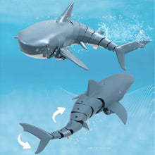 Load image into Gallery viewer, T11 Radio Control Shark (life-like in water)