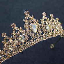 Load image into Gallery viewer, Stylish Ornate Crystal Crown Headdress