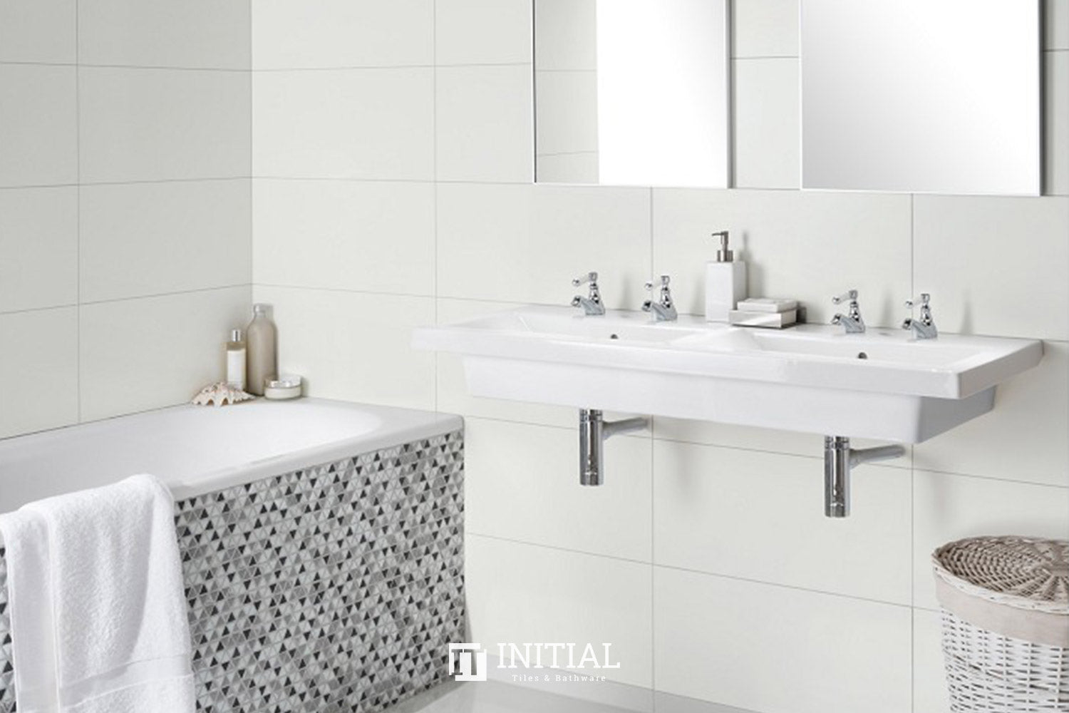 Bathroom Wall Tile White Rectified Matt Ceramic Tile 300X600
