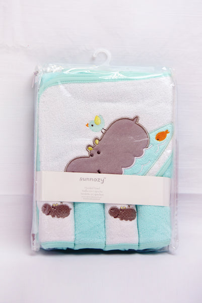 BABY BATH TOWEL WITH 4 FACE TOWEL - 19433