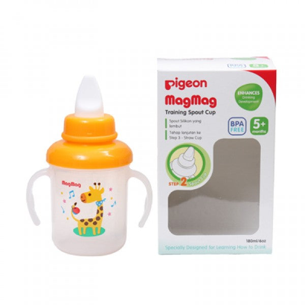 PIGEON MAGMAG TRAINING SPOUT CUP - D904