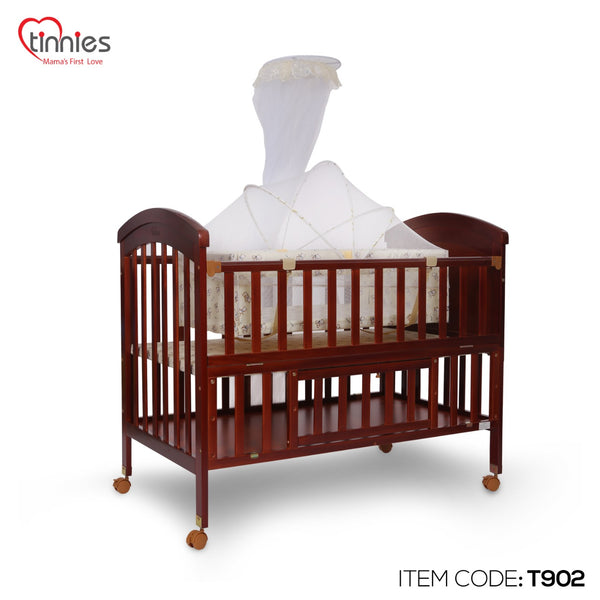 TINNIES WOODEN COT BROWN - T902