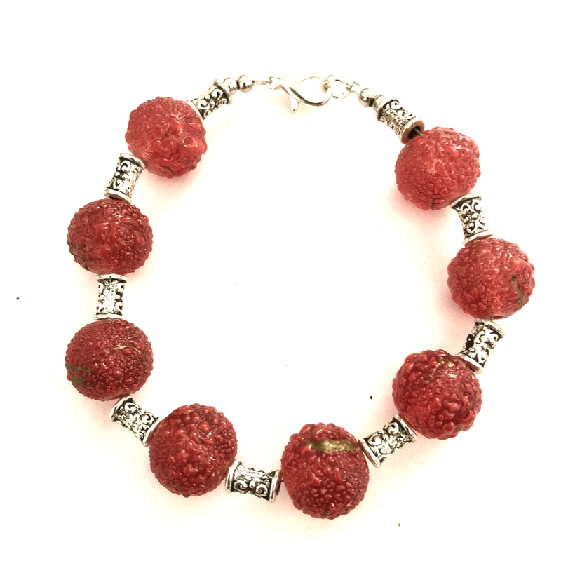 Resin and Bail beaded bracelet