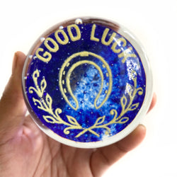 Vintage Good Luck Horseshoe Laurel Leaves Glass Paperweight