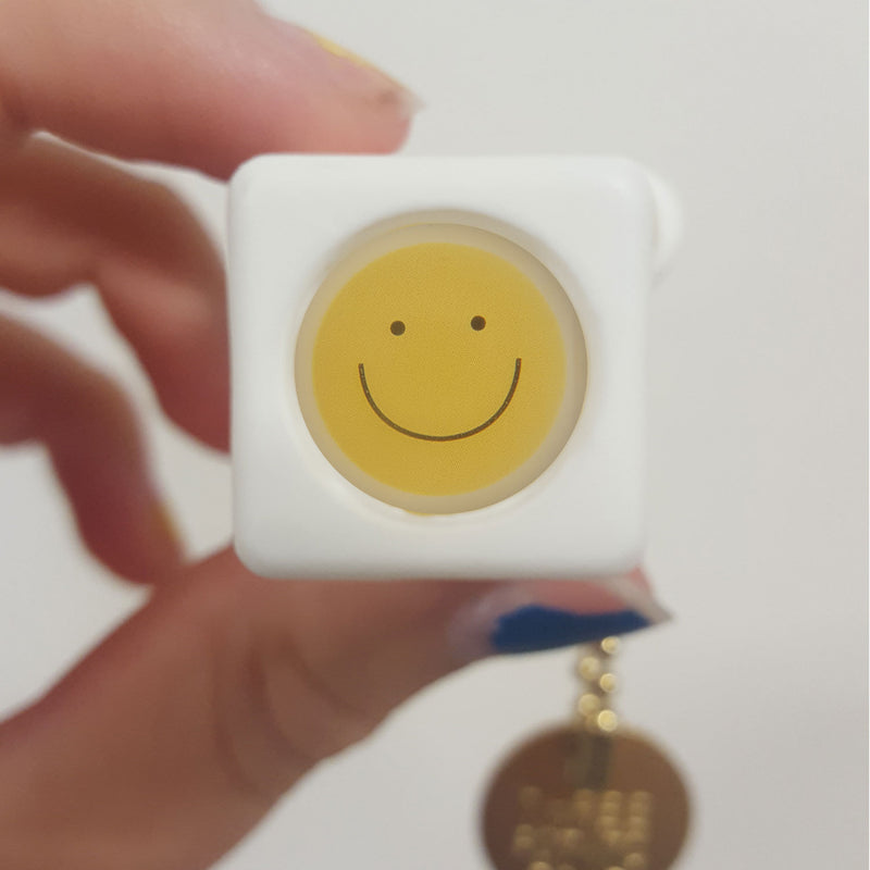 Pocket Viewer™ - No. 21 Smiley Face