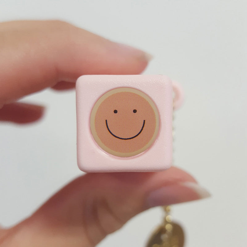 Pocket Viewer™ - No. 88 Smiley Face