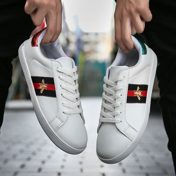 Men Casual Shoes 2020 Fashion Red Black Sneakers Men Shoes Casual Classic Breathable Winter Sneakers Walking Leather Shoes Men