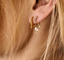 Afbeelding in Gallery-weergave laden, ANNA+NINA Anna+Nina Flame Earring Goldplated SET - A Lovely Day IJmuiden