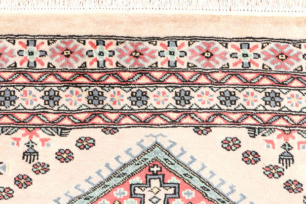 Antique White Caucasian 3' 2 x 5' 4 - No. 44196 - ALRUG Rug Store