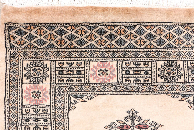 Navajo White Butterfly 2' 7 x 6' 8 - No. 46655 - ALRUG Rug Store