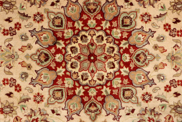 Wheat Kashan 3' 11 x 3' 11 - No. 48397 - ALRUG Rug Store