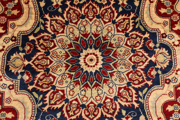 Midnight Blue Isfahan 4' 10 x 6' 8 - No. 48672 - ALRUG Rug Store