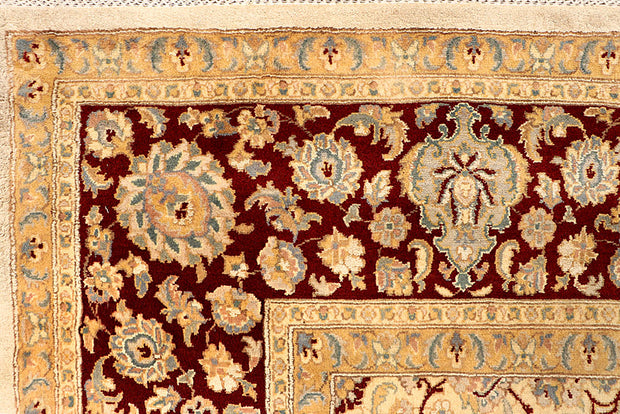 Antique White Isfahan 8' x 10' 3 - No. 67539 - ALRUG Rug Store