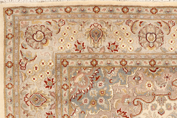Blanched Almond Kashan 5' 7 x 8' 2 - No. 68328 - ALRUG Rug Store