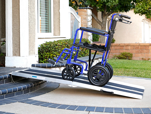 "AllCure 6' (72"" x 31"") Non-Skid Aluminum Foldable Wheelchair Loading Traction Ramp (CL_ALC202105) - Alt Image 1"