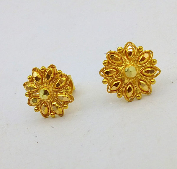 Indian traditional design handmade fabulous flower design 22 k 22 carat yellow gold hand carved  stud earring for women's jewelry