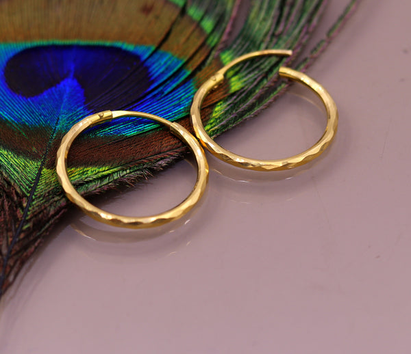 18 Kt yellow gold handmade fabulous hoops earring bali jewelry, excellent diamond cut design gifting jewelry form india