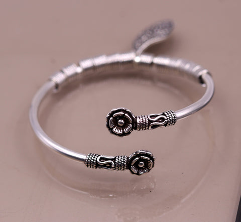 Vintage antique design 925 sterling silver handmade fabulous flower shape open face flexible charm bracelet kada bangle girl's gift nsk153