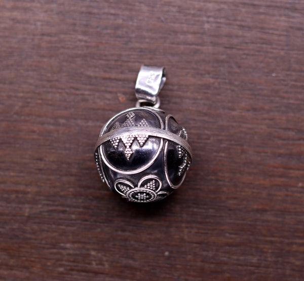 925 sterling silver handmade vintage design fabulous ball pendant, excellent customized pendant tribal jewelry pretty gifting jewelry nsp267