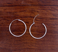 Plain 925 sterling silver handmade gorgeous circle hoops earrings bali gifting light weight ear jewelry from india s608