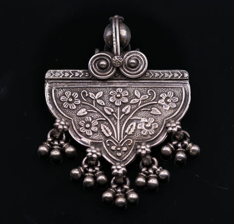 925 sterling silver handmade vintage flower design pendant, excellent pendant tribal jewelry pretty gifting jewelry nsp265