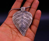 925 Sterling silver handmade tree leaf design modern trendy look ethnic pendant, charm necklace, temple jewelry gifting to her india nsp354