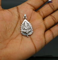 925 fine pure silver leaf Ganesha idol pendant, unique stylish customized pendant, best gifting vintage style pendant necklace ssp416