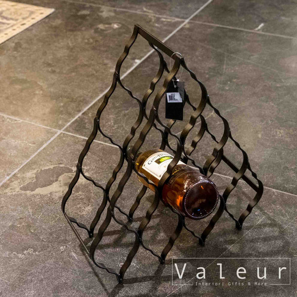 Waver Iron pyramid wine rack L - Valeur home Decoration
