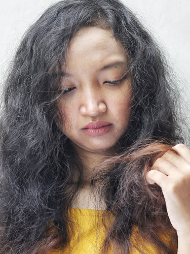 Best Home Remedies For Dry And Damaged Hair