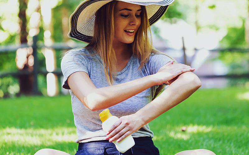 Common sunscreen ingredients you should avoid, according to dermatologists