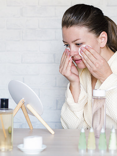 How To Choose Makeup Products For Sensitive Skin