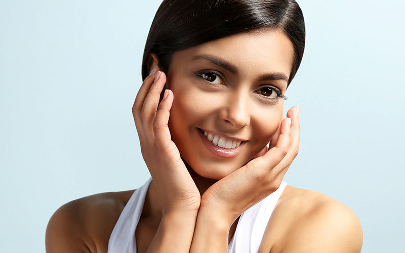 What Is The Difference Between Facial Serum And Moisturizer?