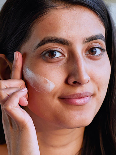What Is The Importance Of Using A Moisturiser
