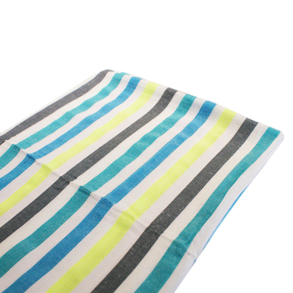 beach blanket in blue
