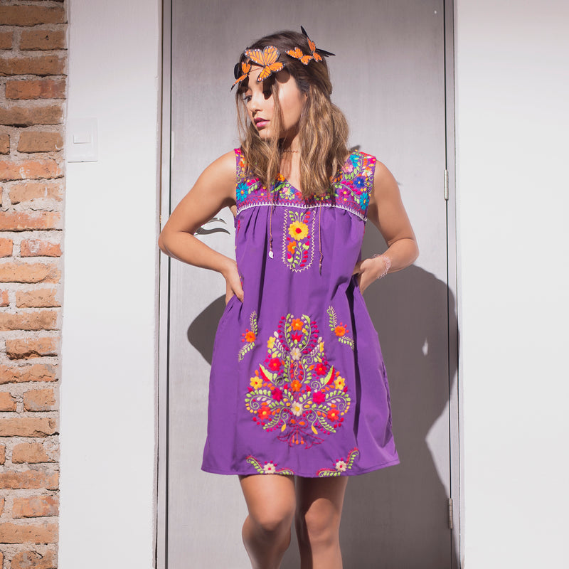 Mexican Embroidered Chelow Dress with Pockets in Purple