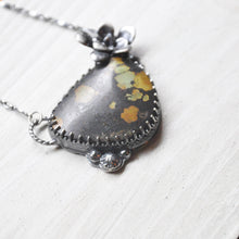 Load image into Gallery viewer, Turquoise + Succulent Botanical Pendant