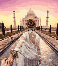 Load image into Gallery viewer, Glamour Girl At Taj
