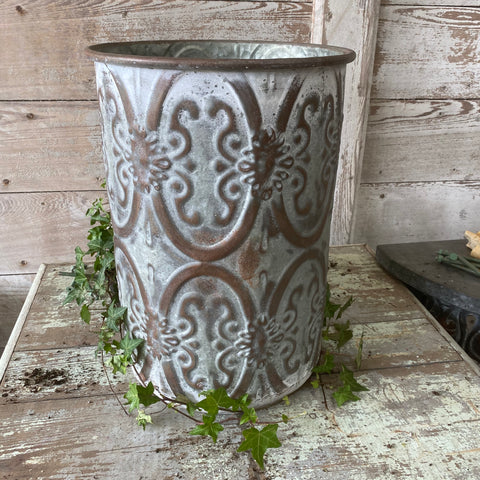 Decorative Tin Garbage Can