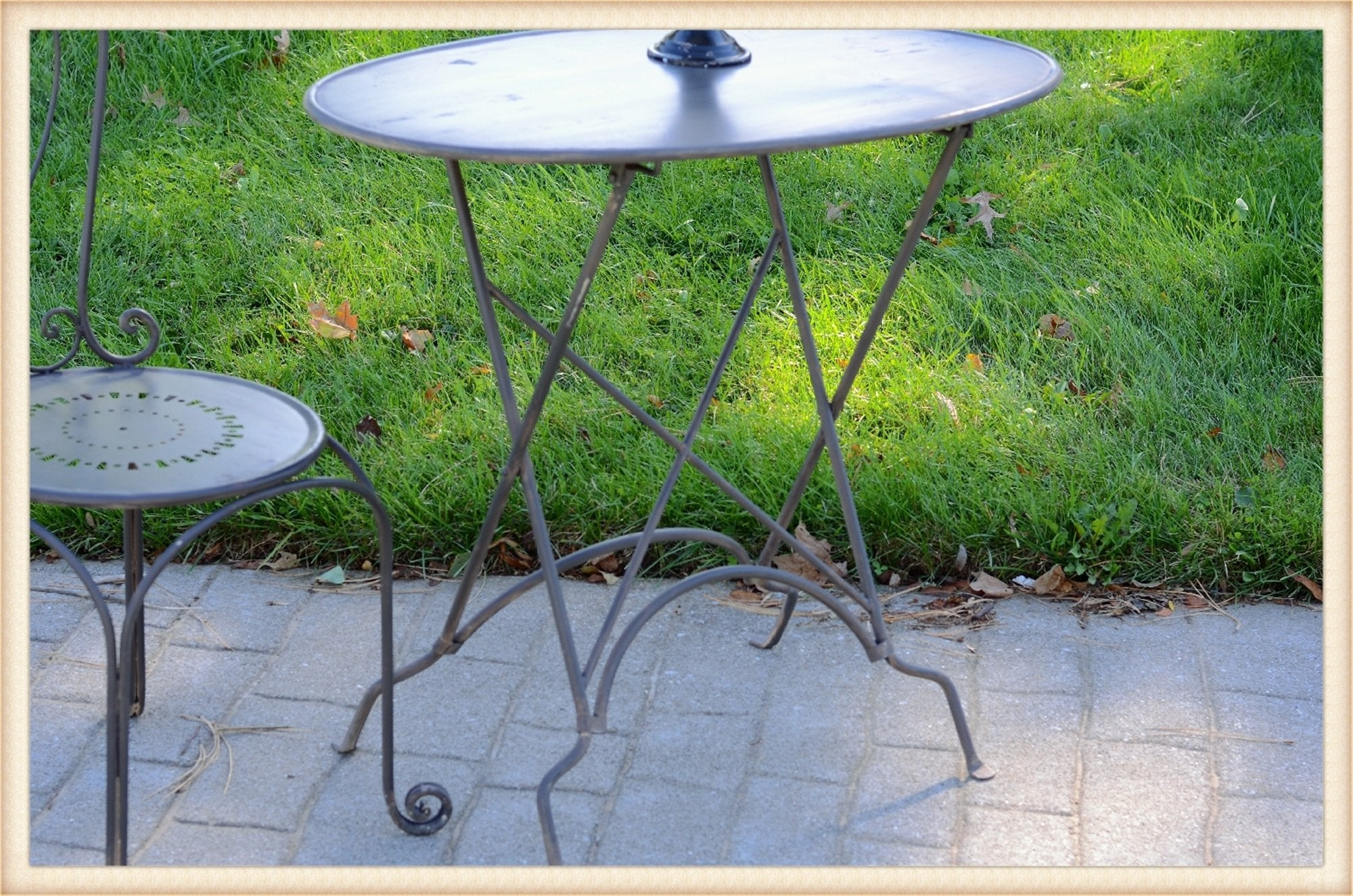 Oval Metal Folding Table