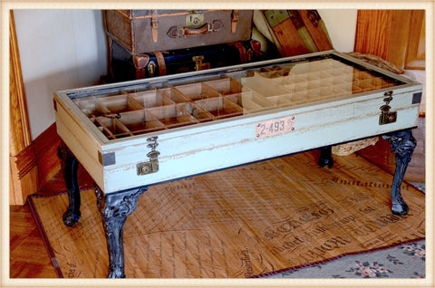 Pick Up Only! Display Table*