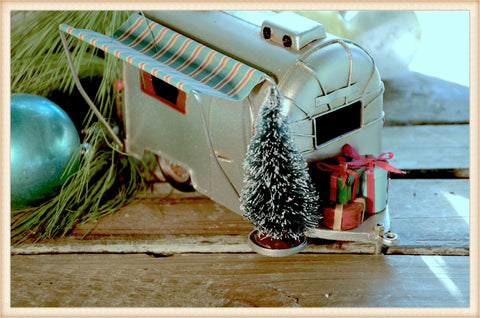 Airstream Xmas - Seasonal-Holiday