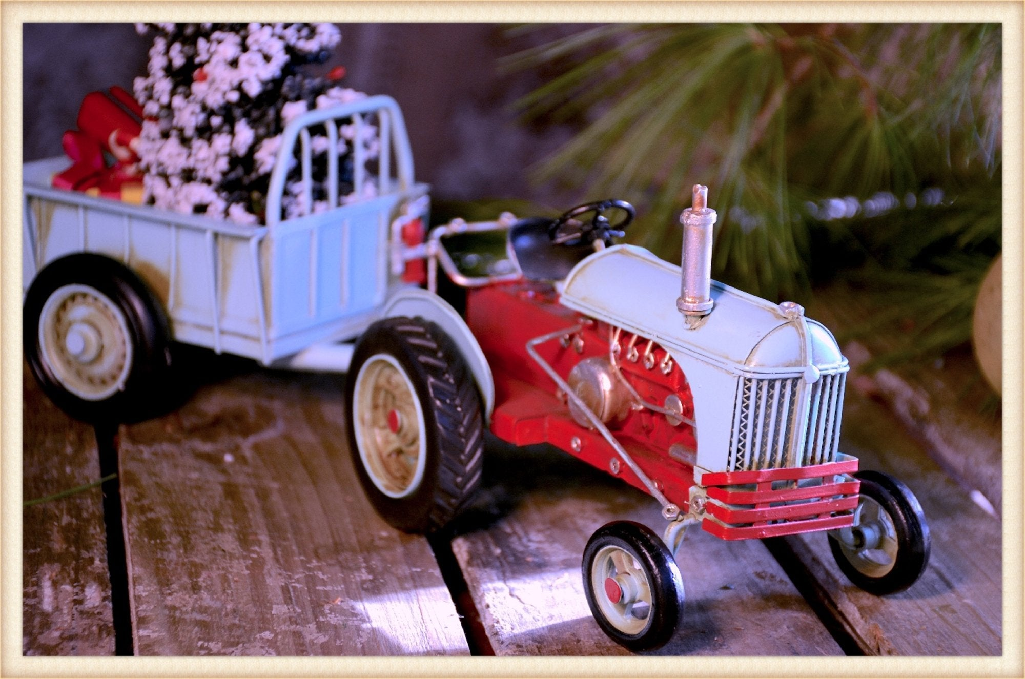 Xmas Tractor and Trailer - Seasonal-Holiday
