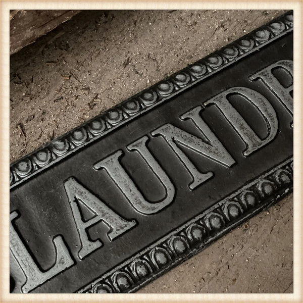 Cast LAUNDRY Sign
