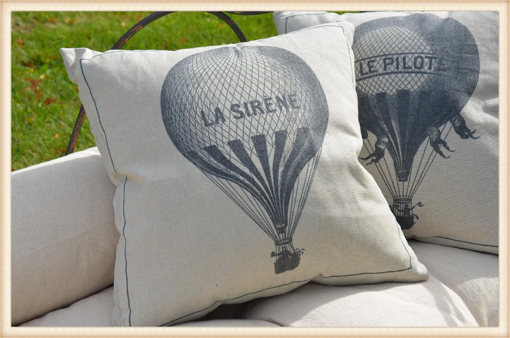 La Sirene Balloon Pillow