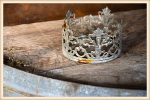 Pierced Tin Crown Zinc