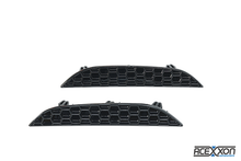 Load image into Gallery viewer, BMW F90 M5 Honeycomb Rear Reflector Inserts